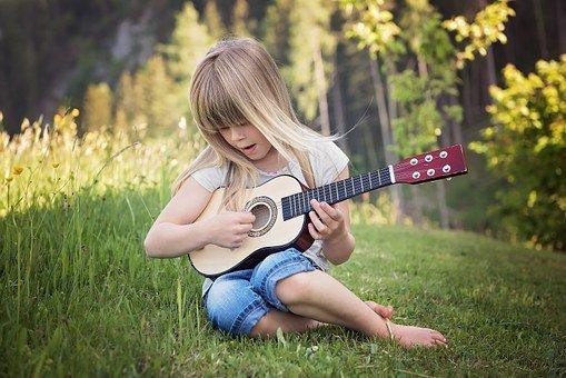 Les meilleurs matériaux pour les cordes de guitare?